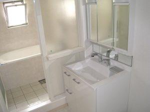 マンションリフォームの施工事例 Case.01-After-洗面室・浴室