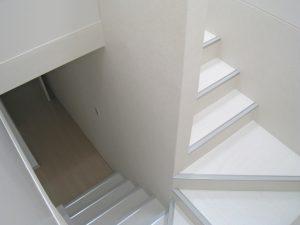 マンションリフォームの施工事例 Case.01-After-階段廻り